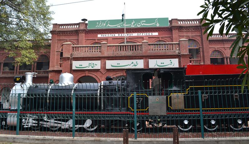 پاکستان ریلوے کا 230 ماڈرن ہائی اسپیڈ پسنجر کوچز خریدنے کا فیصلہ
