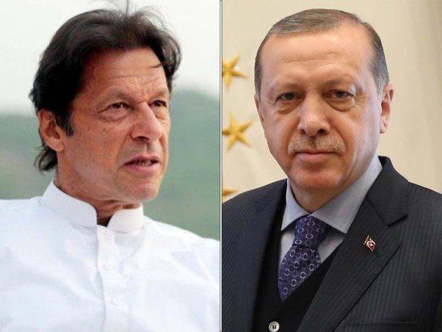 ترک صدر کا وزیراعظم عمران خان کو فون، طیارہ حادثے پر اظہار افسوس