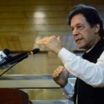 اوورسیز پاکستانیوں اور دہری شہریت والوں کو غدار سمجھا جاتا ہے، وزیر اعظم