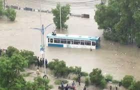 کراچی:  بارش  کے  تمام ریکارڈ ٹوٹ گئےجولائی 1967 میں  429 ملی میٹر، اگست٢٠٢٠ میں  442 ملی میٹر بارش