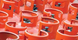ملتان: گیس کی غیر اعلانیہ لوڈشیڈنگ شروع ہوتے ہی ایل پی جی کی قیمت میں 20 روپے کلو تک اضافہ