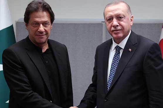 اردوان کا وزیراعظم عمران خان کو فون، پاک ترک تعاون کو مزید مضبوط بنانے کے عزم کا اظہار