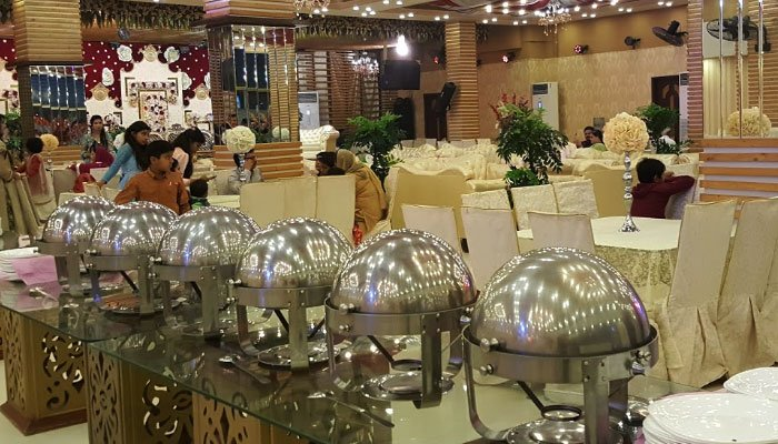 پنجاب حکومت نے شادی ہالز اور ریسٹورنٹس کھولنے کی سفارش کردی