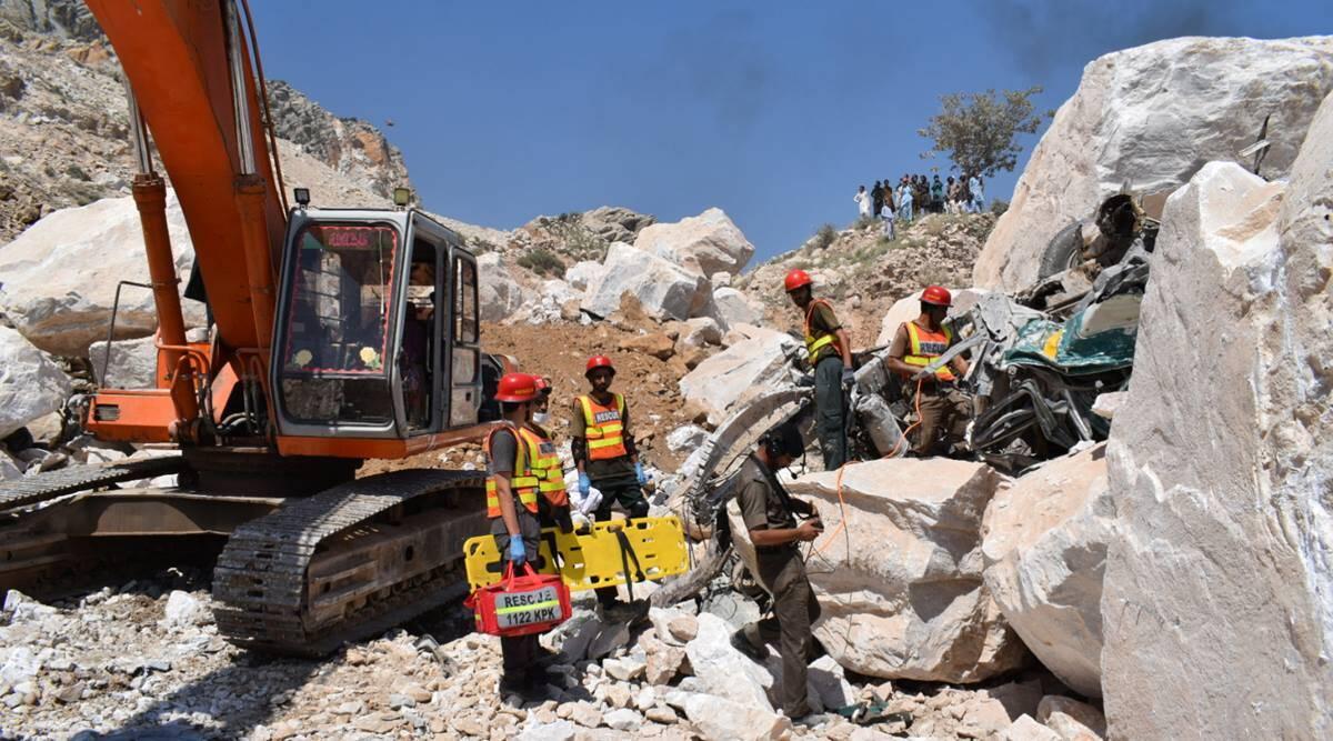 مہمند میں افسوسناک حادثہ: ماربل کی کان بیٹھنے سے جاں بحق افراد کی تعداد 18 ہوگئی