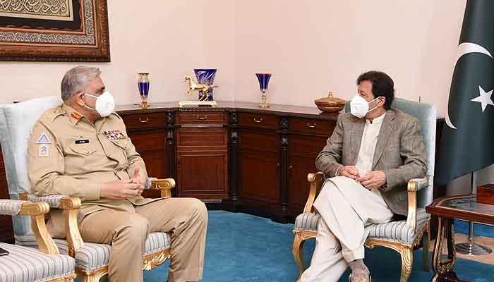 وزیر اعظم عمران خان سے  جنرل قمر جاوید باجوہ کی ملاقات، ملکی سلامتی اورسکیورٹی کے امور پر گفتگو