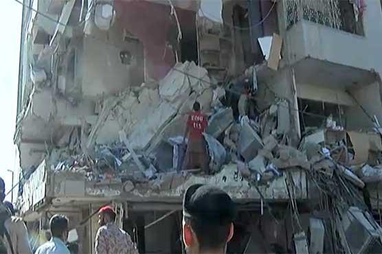 کراچی: گلشن اقبال بلاک 7 اللہ نور اپارٹمنٹ میں دھماکا، 5 افراد جاں بحق، 23 زخمی