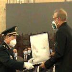 چینی وزیر دفاع کو نشان امتیاز ملٹری دینے کی تقریب، صدر مملکت نے اعزاز سے نوازا