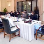 کم آمدنی والے افراد کو قرضوں کی فراہمی کا باقاعدہ جائزہ لیا جائے ،عمران خان