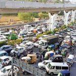 لاہور کے 13 مقامات پر آمدورفت معطل، کراچی اور اسلام آباد میں ٹریفک بحال